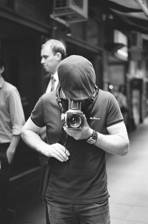 Dan & his Blad 500  Degraves St (by em)