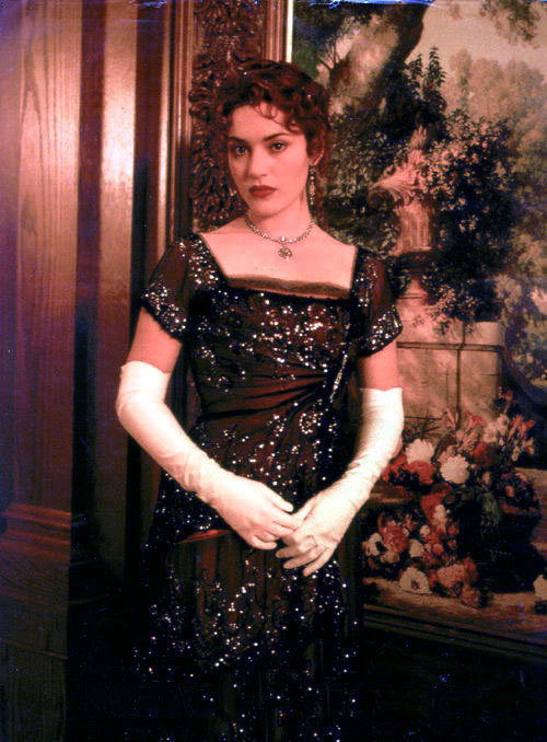 Kate Winslet's black evening gown in Titanic