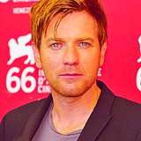 "PEOPLE I CAN'T WAIT TO SEE IN 2012 ★ Ewan McGregor  - ""Salmon Fishing in the Yemen"", ""Haywire"", ""The Impossible"", ""Jack the Giant Killer"""