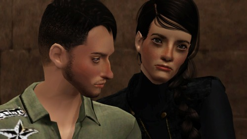 These are my sim versions of Gale and Katniss from The Hunger Games. I don't ship them This is supposed to be in book 3, since they look a bit older than most people imagine them :)