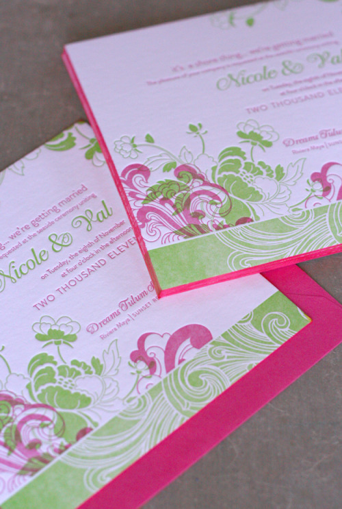 (via Tropical Wedding Invitations - The Dingbat's Agenda)