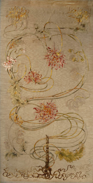 lunar-danse:  Hermann Obrist Embroidered panel, ca. 1893