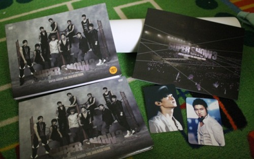 finally… and bonus card from kpopgalore unnie… thanks unnie… so fast… :3
