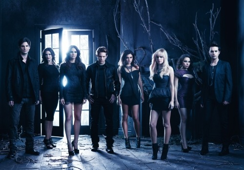 """The Secret Circle (US, CW) I just finished watching season 1 of The Secret Circle. (I know. I have no life. I watched the whole darn thing last night.) The show definitely falls under the category of """"guilty pleasure."""" No big deal, though, because after letting go of Vampire Diaries"""