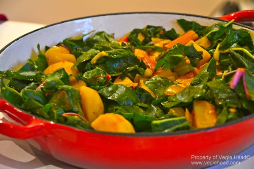katelynblock:  vegiehead1:  Swiss chard and potato curry…. Light and fresh! For the recipe: http://www.vegiehead.com/main-meals.html  I'm a fan.