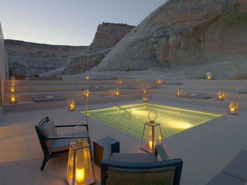 how about this for relaxation in the middle of the desert