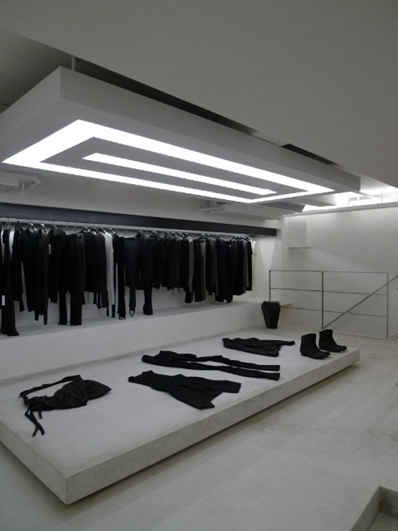 this is what i want. this closet & wardrobe. all black everything.