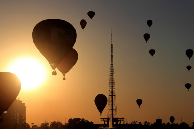 Balloon sunset by Thiago Marra on Flickr.