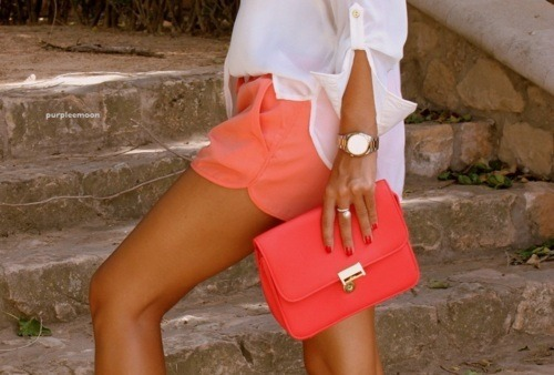 peach perfection.  love these colors. source: flirtingwithperfection