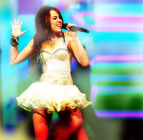 mileycanchangetheworld:  So much more than a singer :)