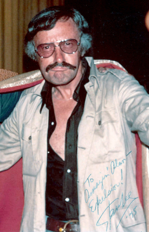 brightmoments:  happy birthday stan lee  This picture of Stan should be on a t-shirt.
