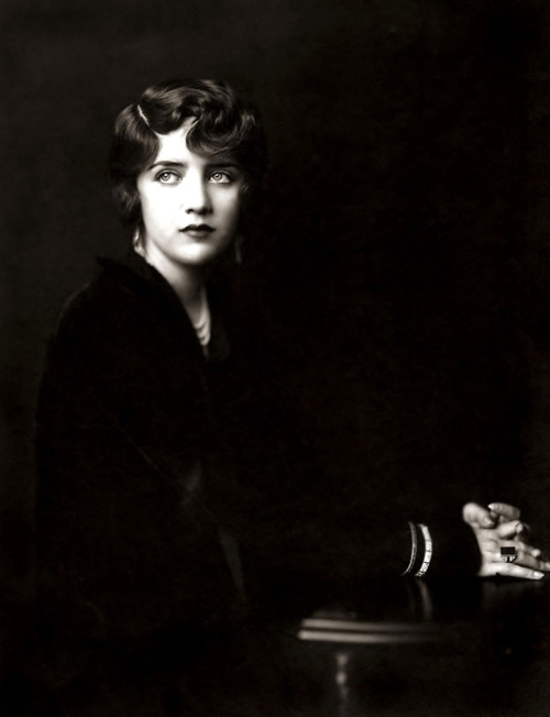 coiled:  Susan Fleming - 1930s - Ziegfeld Girl by Alfred Cheney Johnston from the Flickr set of ky_olsen