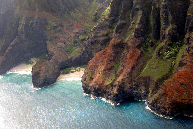 Kaua'i - Helicopter Tour: Nā Pali Coast - Honopū Arch and Honopū Beach by wallyg on Flickr.