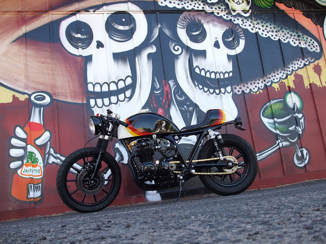 Honda CB500 Cafe Racer(via Return of the Cafe Racers)