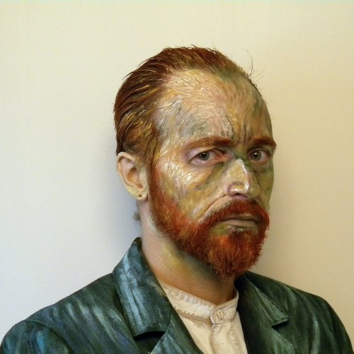 allenuranus:  Van Gogh - (make-up by me.) No photoshop or other editing involved. It is make-up on my face, and acrylic paint on my clothes.  Amazing!