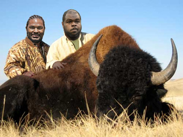 Jerod Mayo and Vince Wilfork Buffalo hunting