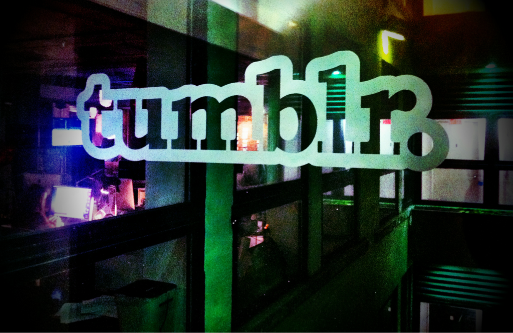 Tumblr at night. ^_^