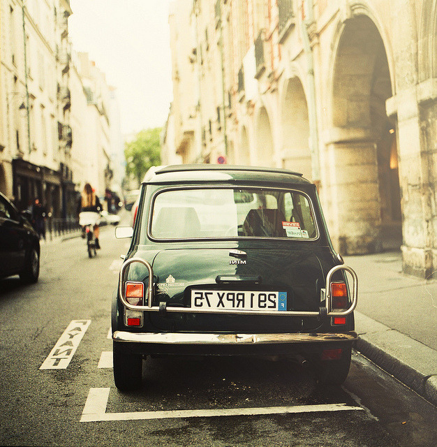 | ♕ |  Mini in Paris  | by © hien1234