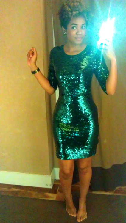 Loved this BCBG emerald green sequin dress! But $400 was not my cup of tea to drop on a New Years Eve dress lol