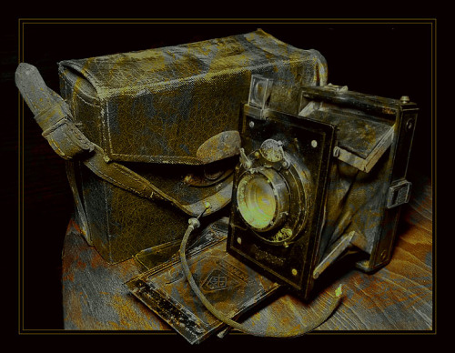 angledart:  old camera to photo