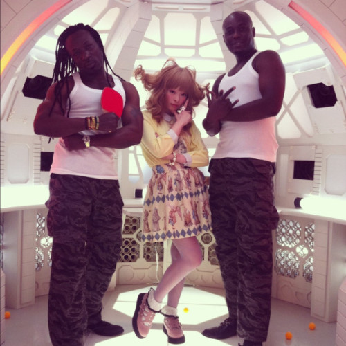 angelguts:  kyary with akon and asap rocky