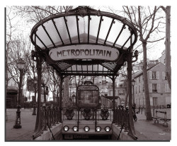 Metropolitain. Paris.- by ancama_99(toni) on Flickr.