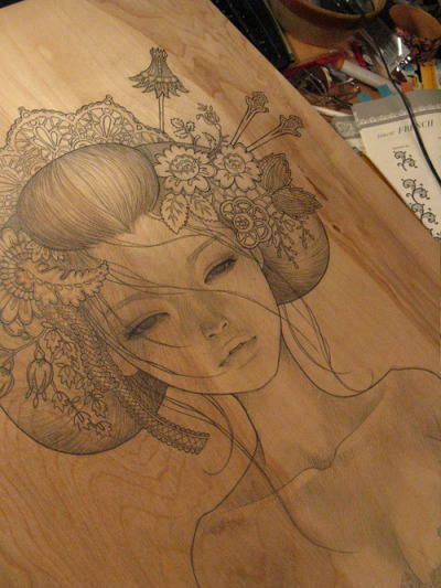 drawninblack:  Love the look of pencil on wood.