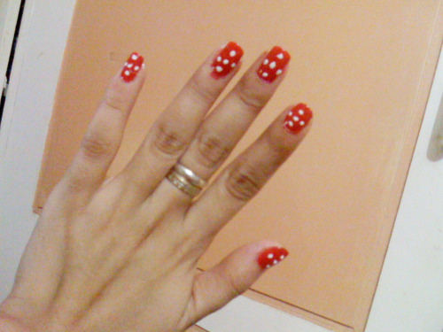 1229; Polka dot nails? Ok, happy new year