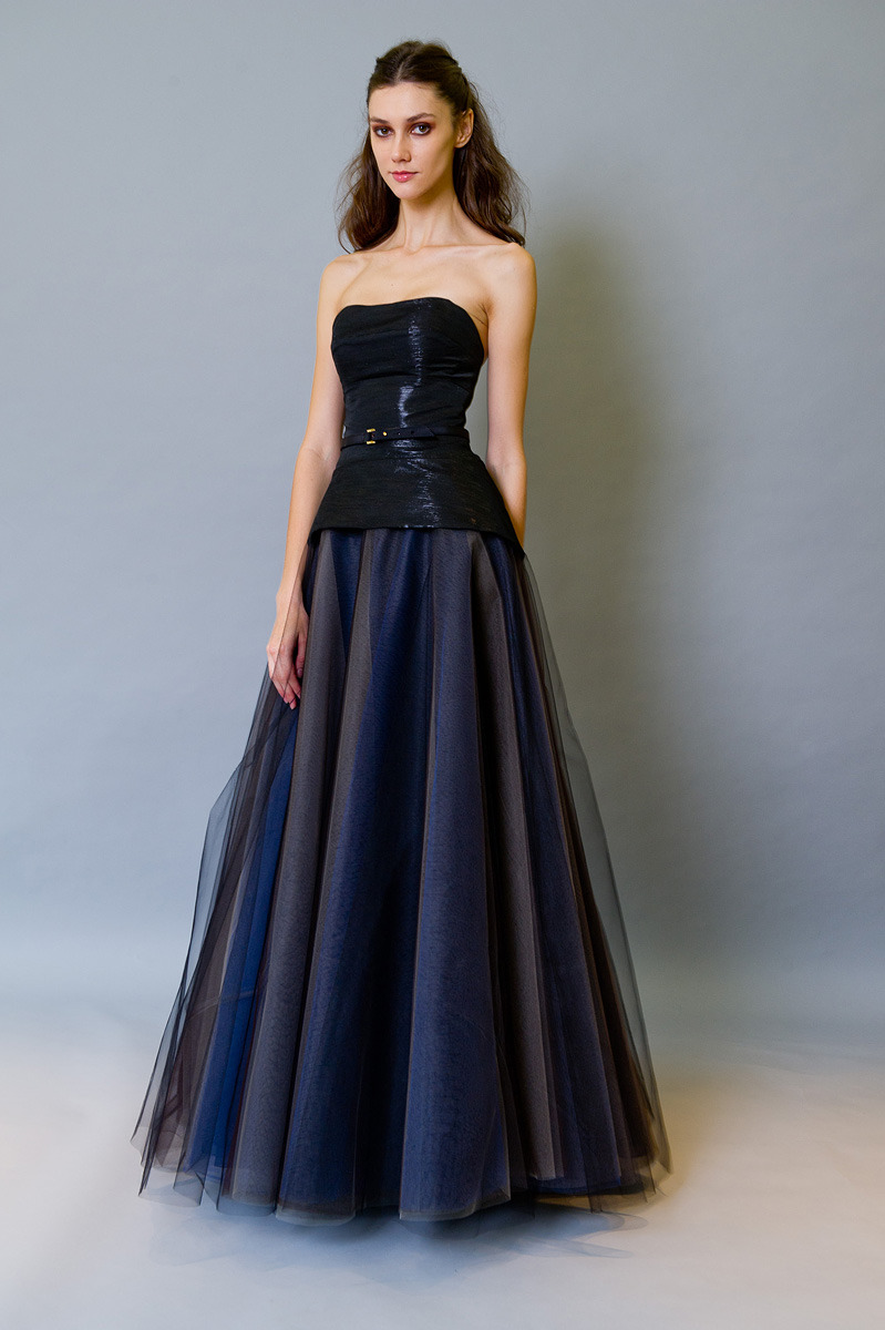 afashionablesoul:  Carolina Herrera Pre-Fall 2012