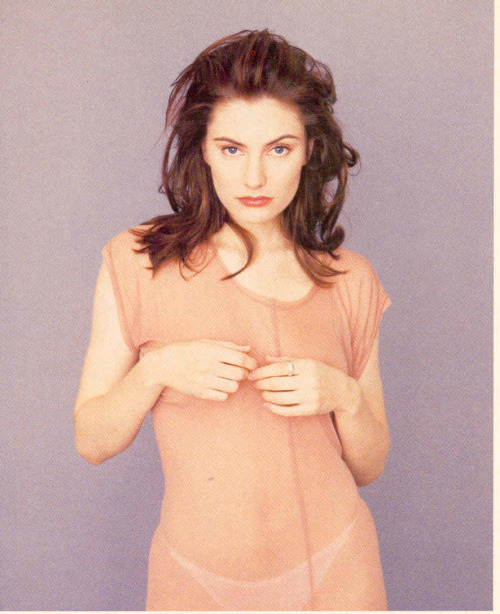 elizabitchtaylor:  Madchen Amick, in US magazine, early 1990s