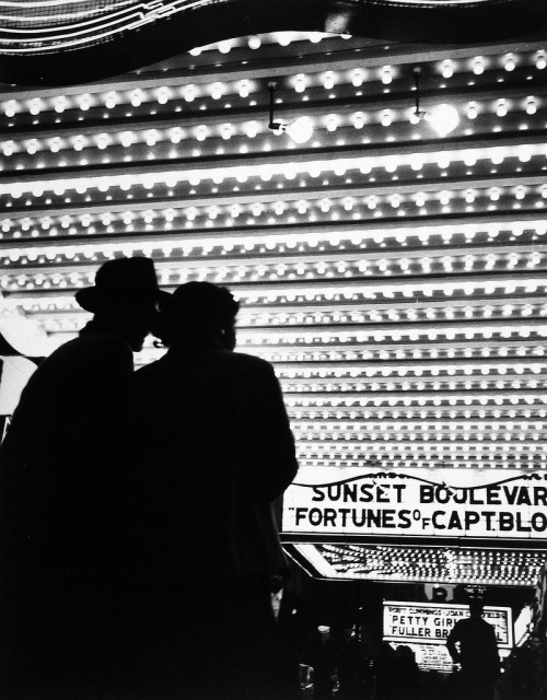 Times Square Movie Theatre 1950   Photo by Bedrich Grunzweig