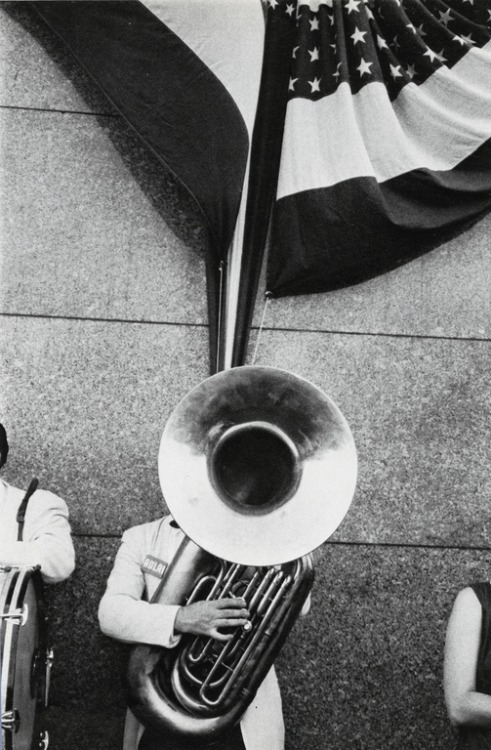 cavetocanvas:  Robert Frank, Political Rally, Chicago, from The Americans, 1959