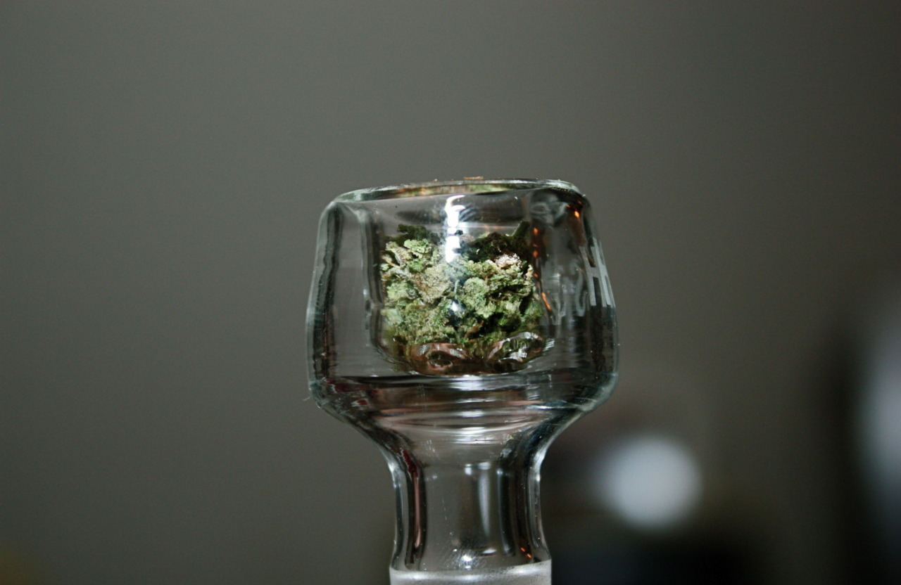 clear bowl photo by: V V