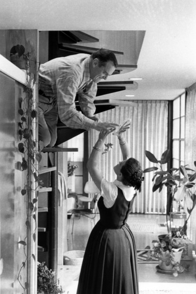 bowlerhats:  Charles and Ray Eames at home, ca. 1970