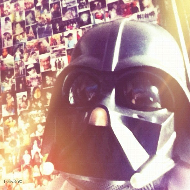 Self potrait | #starwars #starwarsporn #swasia #swb #brutroops #darthvader #pak3n #toy #collection #toyphotography #brunei #brunika #helmet #mokties #hasbro  (Taken with instagram)