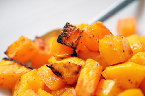 Paleo and Whole30 roasted butternut squash.