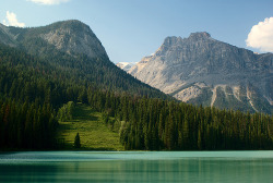 z0rr:  Emerald Lake Vista (by orkybash)