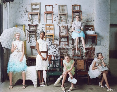Sitting Pretty! Photo by Annie Leibovitz for US Vogue Jan 2012 #fashionfriday