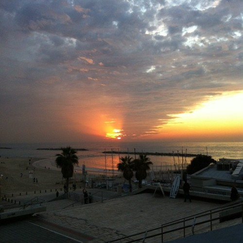 #nofilter (Taken with Instagram at Gordon Beach Tel Aviv)