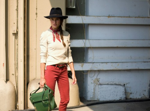 Street Chic_Stylist Marina Muñoz at New York fashion week for Spring 2012