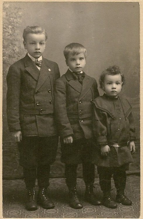 Three brothers wearing their best suits for the photographer circa 1908. (my person collection)