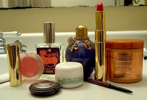 My round-up of the best beauty products I used in 2011. Check it out and tell me yours!