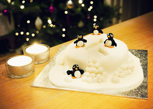ffoodd:  Christmas cake (by Our Vale)