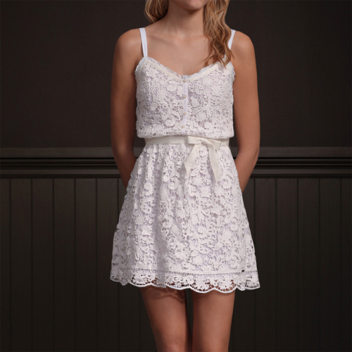 I really want this dress. So cute.