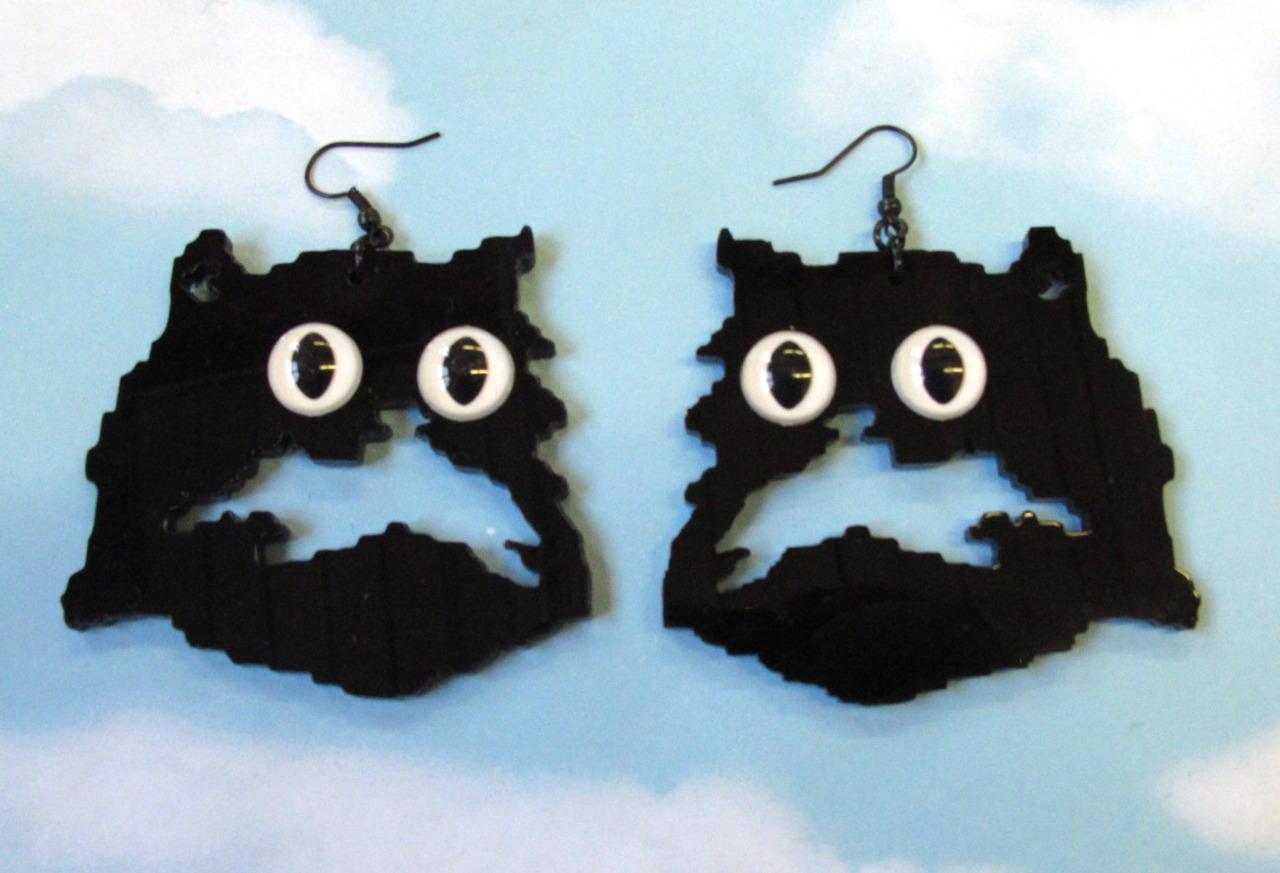 laser cut acrylic Pretty Snake kitty earrings ! http://www.etsy.com/shop/PrettySnake