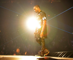 Kanye West performing @ WTT Concert