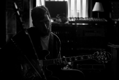 The Bronze Medal recording - Moles Studio, Bath - August 2011 Whilst sifting through endless folders in a last minute submission attempt I've started revisiting a few projects I left less than complete. Contact for print enquiries. www.myspace.com/thebronzemedalmusic