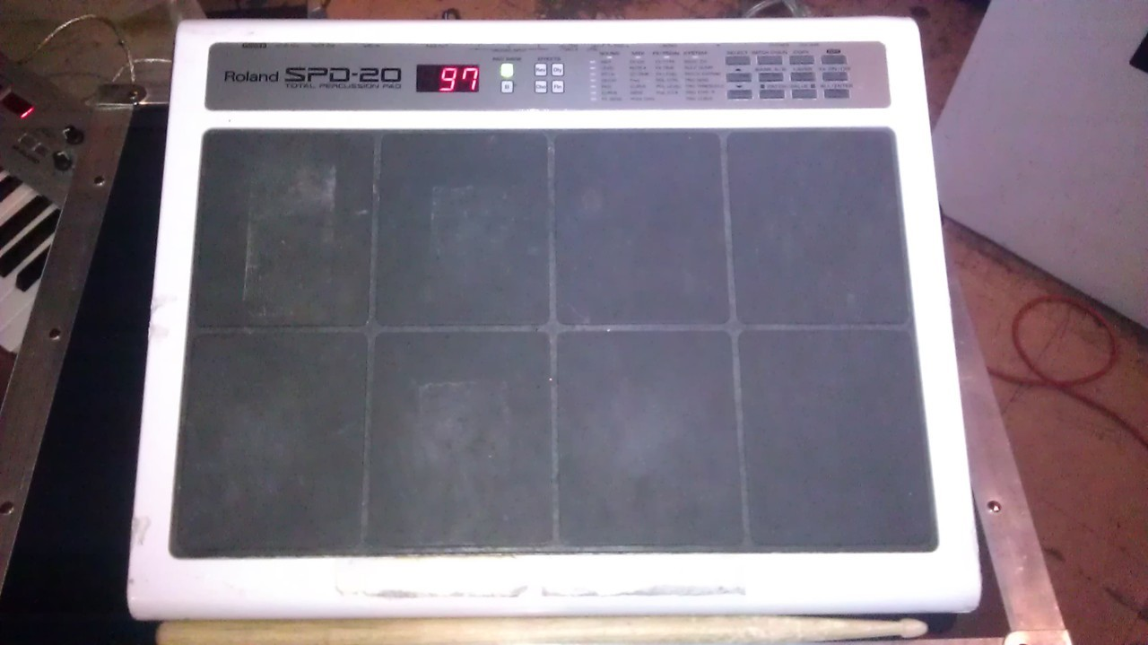Drum pad. Roland Spd 20