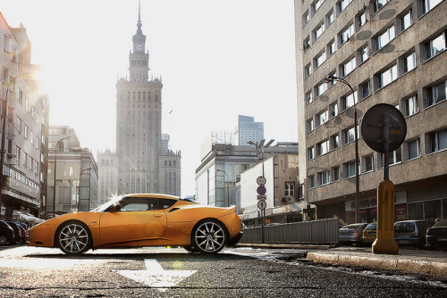 Lotus Evora. Photo by Michael Drabikowski (via)