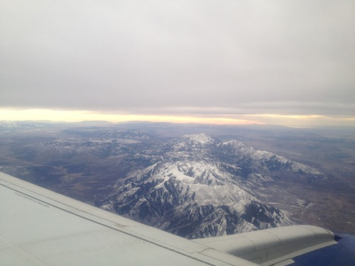 Flying over Utah earlier today… the mountains are so beautiful!